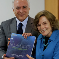 Our Spaces director, Sylvia Earle, meets with Brazil's president to discuss expansion of country's marine protected areas